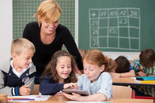 Giúp học sinh mắc chứng khó đọc học như thế nào?